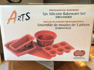 Arts Bakeware Set