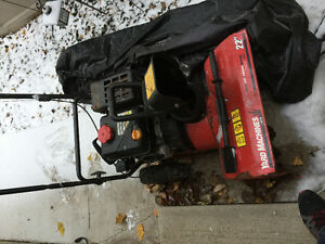 22 inch Working GAS snow blower Stratford Kitchener Area image 2