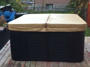 **Reduced**Pacific hot tub 6-7 man..  Great shape!!!