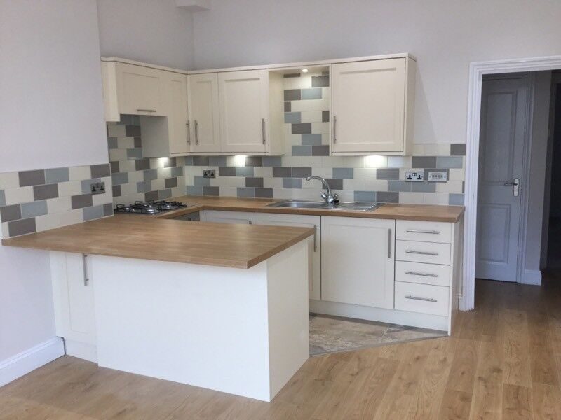 SINGLE ROOM TO RENT HP3 8DU,BENNETTS END ROAD,OF STREET PARKING,WIFI,BILLS INCLUSIVE