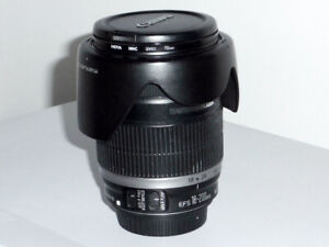 Canon EFS 18-200mm F3.5-5.6 IS lens