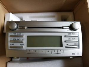 Toyota Camry 2010 LE Car Stereo / CD Player