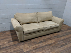 Pottery Barn 'Pearce' sleeper couch. FREE DELIVERY​