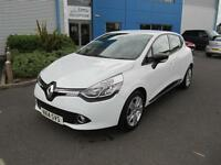 Renault Clio 1.2 16v ( 75bhp ) MediaNav Dynamique White 5 Door Sat Nav Phone A/C