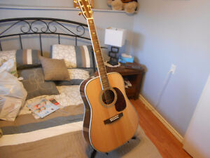 REDUCED SIGMA DR 45 ACOUSTIC GUITAR