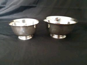Vintage WM Roger's Paul Style Pair of Bowls