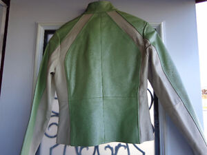 Ladies small leather jacket-  recycledgear.ca Kawartha Lakes Peterborough Area image 5