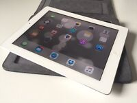 Apple iPad 2 -3G and Wi-Fi with leather case-cheapest on Gumtree!
