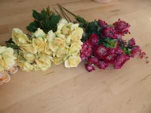 Beautiful fake flowers $ 10 - $ 15 per color or all $ 50 Kitchener / Waterloo Kitchener Area image 5