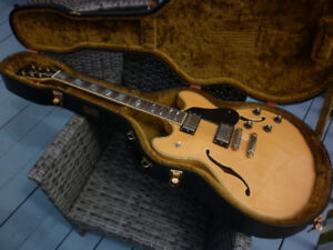 Guitare Washburn HB-35 hollow body