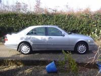 Mercedes-Benz E240 2.6 auto 2002MY Elegance