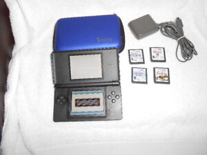 Nintendo DSLite, Charger, Case & Games