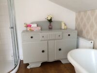 Sideboard vintage shabby chic painted beautiful