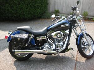 2008 Harley dyna superglide custom-priced to move !