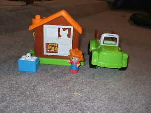 Little ppl Chicken coop and truck