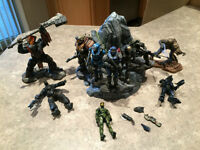 HALO Action Figures incl. HALO Reach Legendary Set