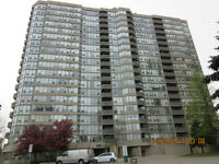VERY SPACIOUS CONDO APARTMENT NEAR SQUARE ONE FOR RENT