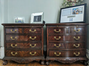 Drexel Heritage Heirlooms Collection Banded Mahogany Bedroom Set