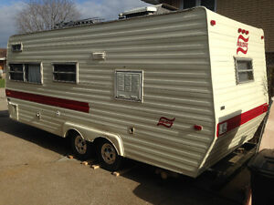 1979 23 ft holiday camper good condition no leaks $2000!