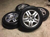 GENUINE VW GOLF MK4 BORA ALLOYS W/TYRES POLO OCTAVIA SEAT SKODA - SLOUGH