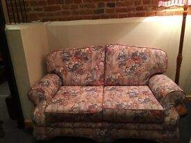 Floral two seater sofa in vgc