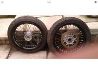Suzuki drz 400 supermoto wheels