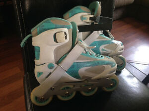 Roller blades girls adjustable size 3-6