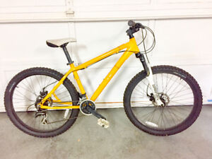 "KHS DJ50 mountain bike | disc brakes | 16.5"" frame"