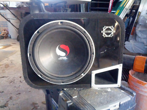 """Ported 12"""" Kicker subwoofer and amp 250$ obo"""