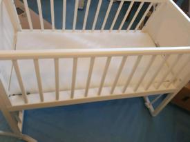 Like New Mama's & Papa's Rocking Crib/Cot and mattress rarely used