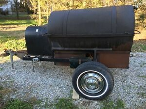 Pig roaster for rent Sarnia Sarnia Area image 1