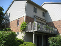 4br - 3+1 Bd, 3 Bath Townhome Near UW/WLU (Keats Way)