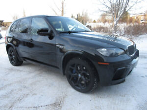 2010 BMW X5 M V8 Twin Turbo, Fully Loaded 2 sets of wheels