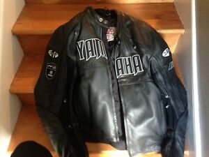 2xl Yamaha coat