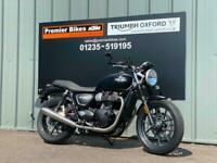 TRIUMPH STREET TWIN 900cc MODERN CLASSIC MOTORCYCLE