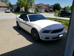 Mustang Convertable, MINT Condition.