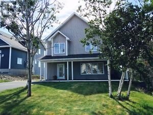 Beautiful Family Home with Oceanview sunsets for Lease.