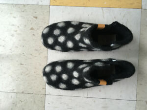 Women's size 37 wool slippers from Nepal w/ durable sole