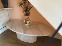 Marble oval coffee/occasion table in grey and white