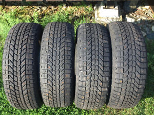 205/60R15 winter studded tires