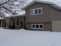 Lovely 4-level Split in Great Neighbourhood - Weyburn, SK