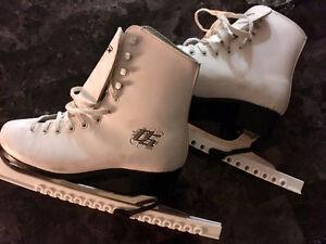CCM Women's Figure Skates (Size 8 US) + Blade Protectors