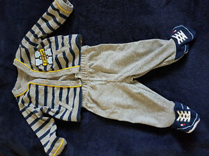 2 piece Tommy outfit