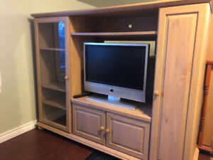 Large and sturdy TV stand