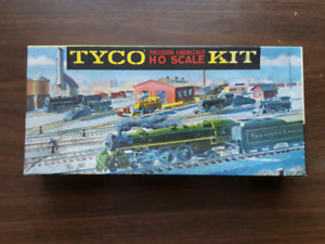 HO Scale locomotive kit. Price reduced!