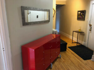 Fully furnished apartment steps from Victoria Village -Westmount
