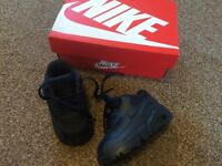 Blue baby Nike air max size 3.5