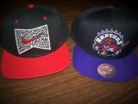 NEW : LOT 2 SNAPBACK CAP NIKE + MITCHELL & NESS TORONTO RAPTORS