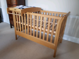 REDUCED MORE! Cot/Toddler bed
