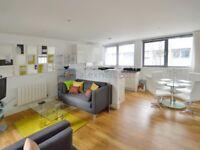 3 bedroom flat in Royal Carriage Mews, Woolwich SE18